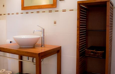 Le Petit Cochon - Bedroom Suite - Bathroom